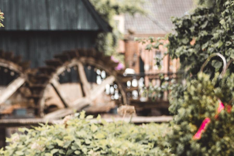 Die Wassermühle in Lage